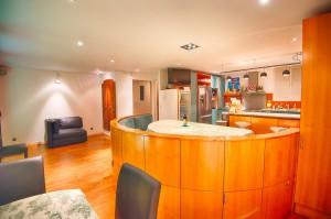 Common lounge et kitchen